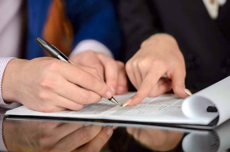 5 questions to ask when hiring an attorney